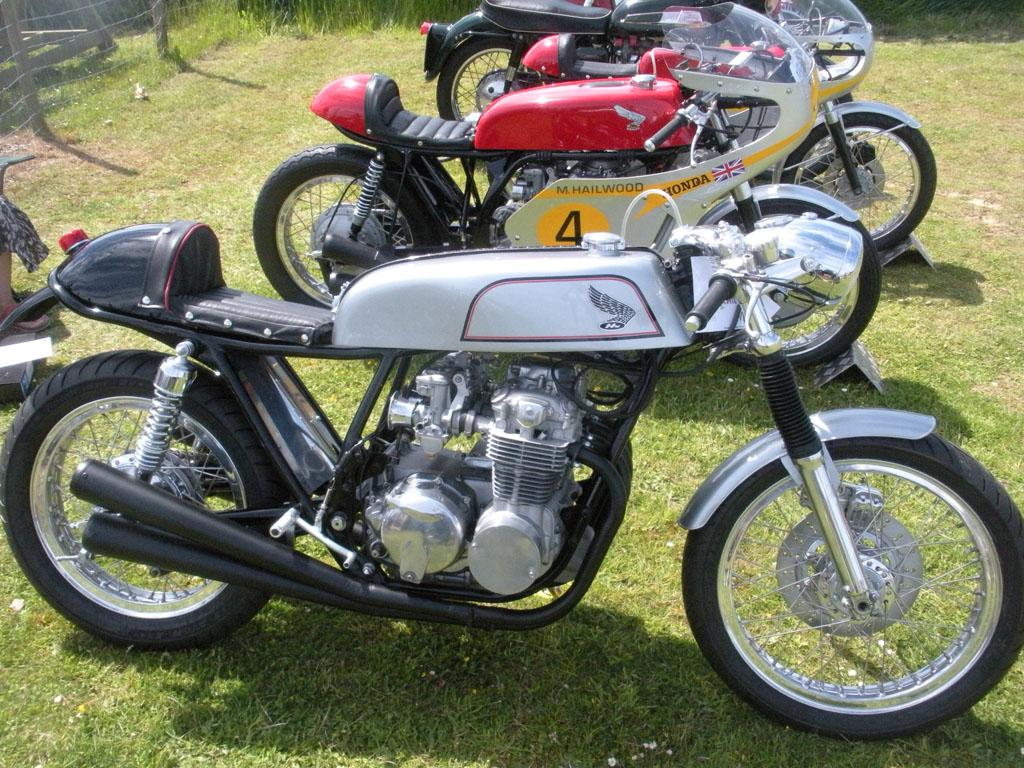 Honda CB550 Café Racer